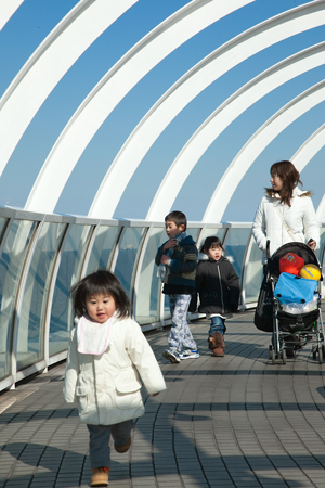 横浜港シンボルタワー2
